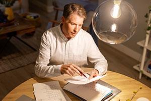 Komfortowe oświetlenie domowego biura