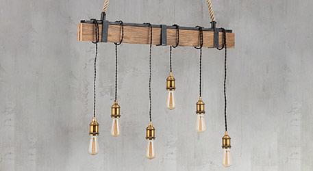 Brązowa drewniana lampa wisząca