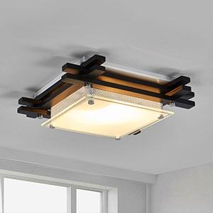 Lampy sufitowe z drewna