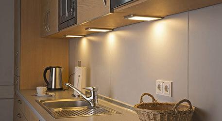 Oświetlenie I Lampy Podszafkowe Led Oraz Klasyczne Lampypl