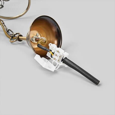 Antyczna lampa wiszaca