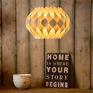 Lampy-wiszace-z-materialu